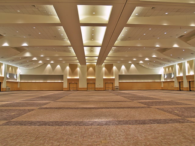 WILLIAM MORRISSEY GRAND BALLROOM
