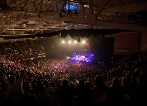 RWA_See-the-Space_Venue-Photos_LMFAO-and-Keha_700x350.jpg